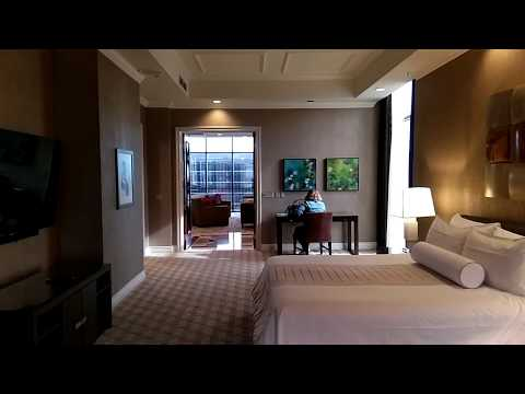 Luxor Las Vegas - Tower One Bedroom Luxury Penthouse (Renovated)