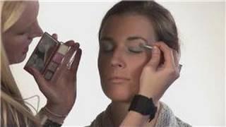 Makeup Techniques : Instructions for High Fashion Makeup