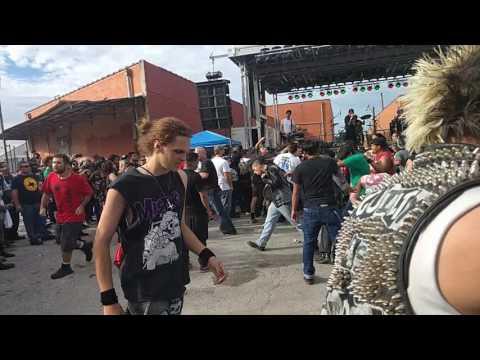DI - Remember The Punks (San Antonio 2016)
