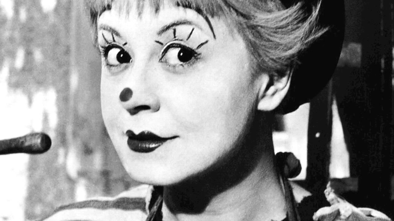 Nino Rota Federico Fellini Theme from 8 12