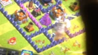 My Bruder ataking in clash of clans