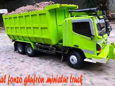 miniatur truck .dari karangawen demak
