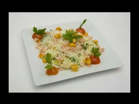 Как украсить салат Цезарь - оригинальные рецепты как подать на праздничный стол фото - картинки
