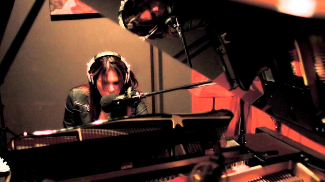 beth-hart-the-ugliest-house-on-the-block-official-music-video-2012-beth-hart