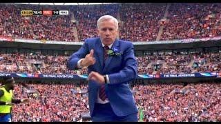 بالفيديو.. مدرب كريستال بالاس يقلد احتفال اللاعبين