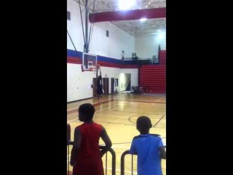 Tim Rose Jr dunking