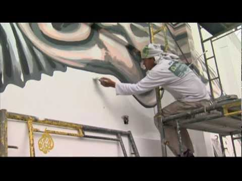 Manila 'paints' its air clean