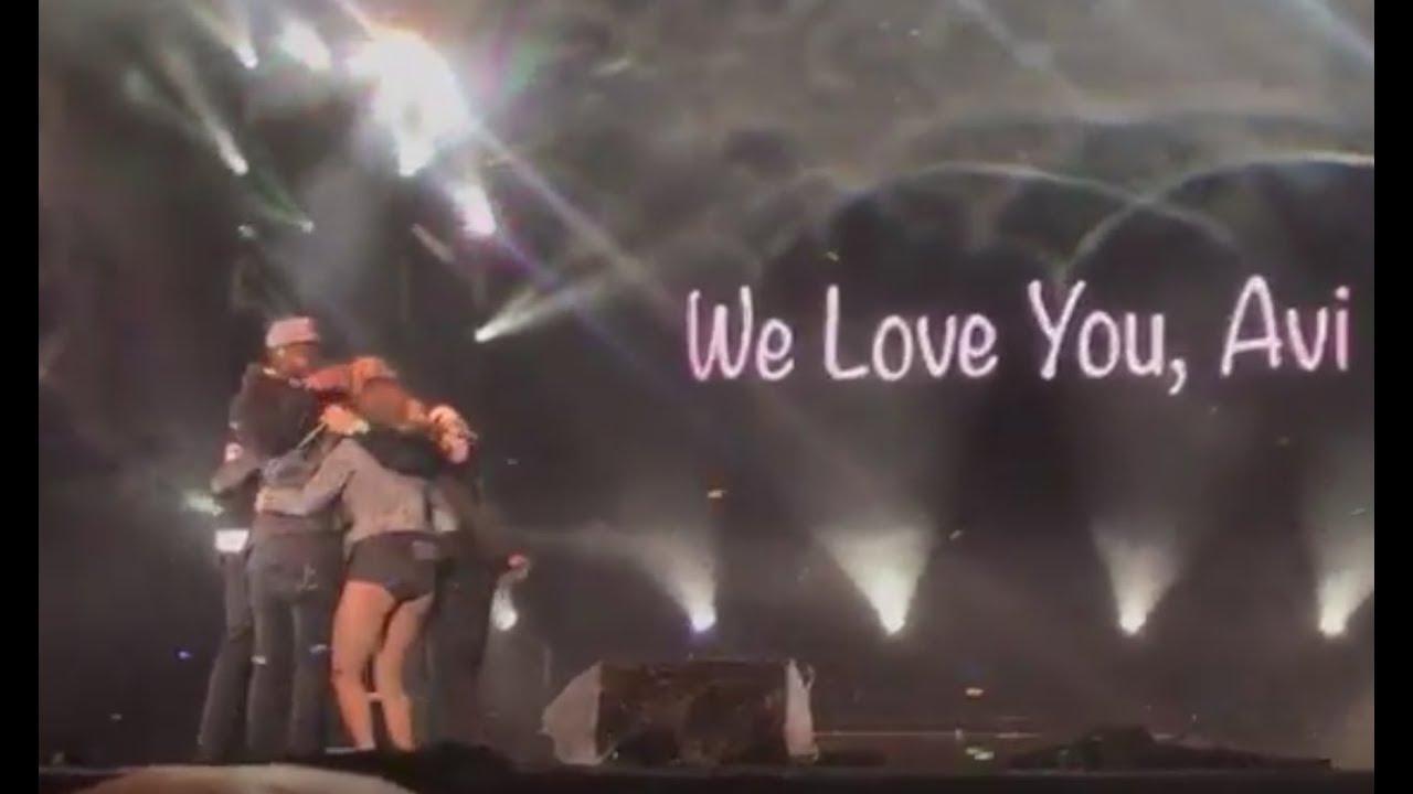 Avi Kaplan's Last Performance with Pentatonix (last moments on stage)