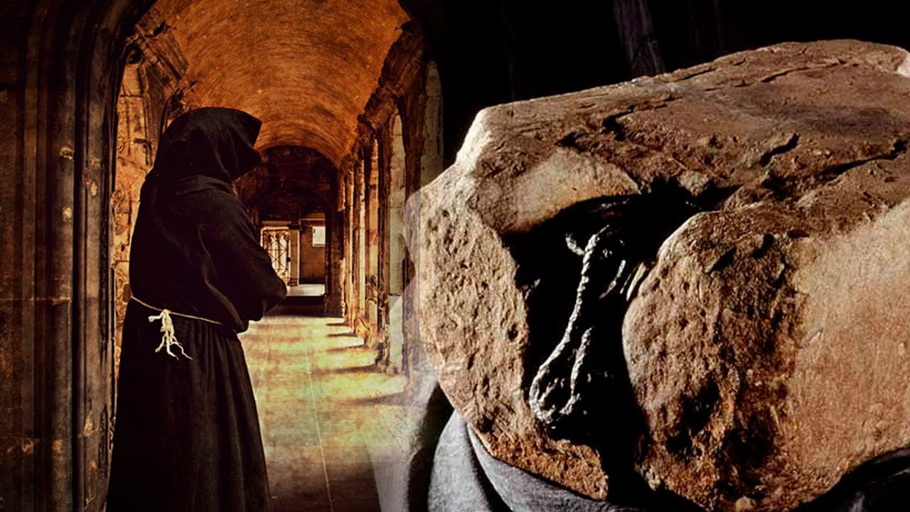 Der Geheimnisvolle Stein Des Schicksals