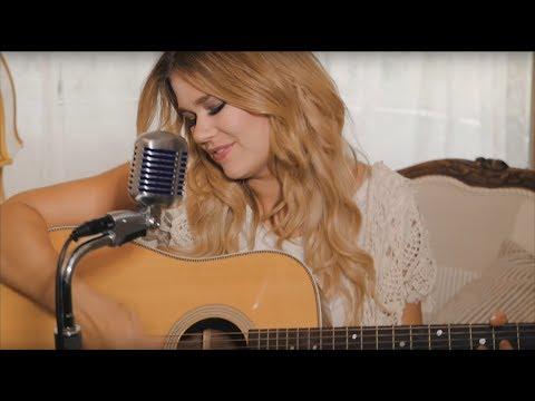 Ruthie Collins - Take Me Home, Country Roads (John Denver Cover)