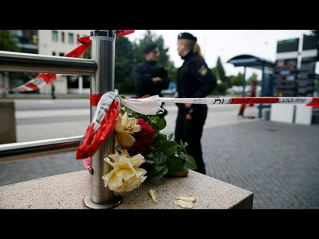 <h2><a href='http://webtv.eklogika.gr/monacho-enas-o-drastis-tis-epithesis-simfona-me-tin-astinomia' target='_blank' title='Μόναχο: Ένας ο δράστης της επίθεσης σύμφωνα με την αστυνομία'>Μόναχο: Ένας ο δράστης της επίθεσης σύμφωνα με την αστυνομία</a></h2>