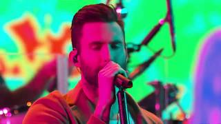 Maroon 5 What Lovers Do Live on The Voice 2017