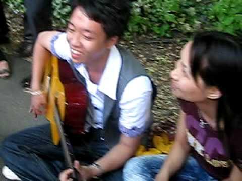 Ngày hát rong( giang + chị Hà)