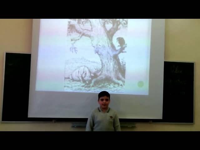 Изображение предпросмотра прочтения – РудикЗакарян читает произведение «Свинья под дубом» И.А.Крылова