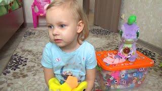 ВЛОГ Алиса заболела ♡ Разбираем игрушки ♡ Приветы для подписчиков