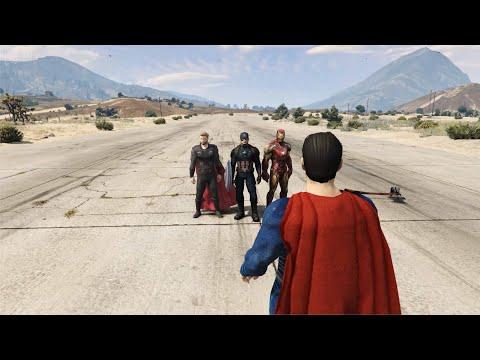 GTA 5 - Superman VS Avengers Trinity