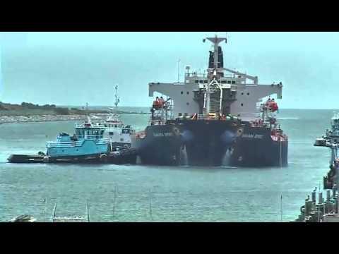 port canaveral webcam docking maneuver 6 22 2011 youtube. Black Bedroom Furniture Sets. Home Design Ideas