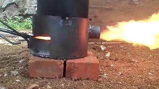 Teknologi tepat guna kompor oli bekas dan air . ca