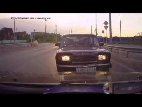 Женщины за рулём. Подборка беспределов на дороге