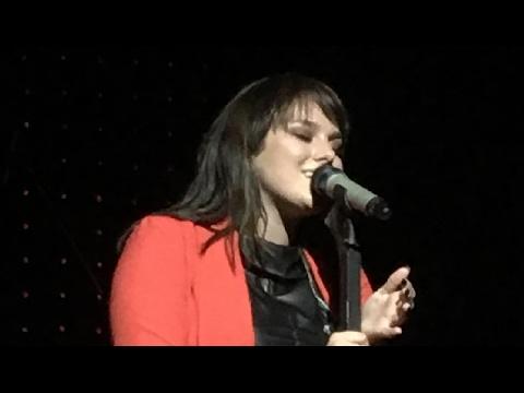 Ewa Farna - Všechno nebo nic - LIVE PREMIÉRA