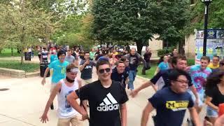 "Campus ""Naruto Run"""