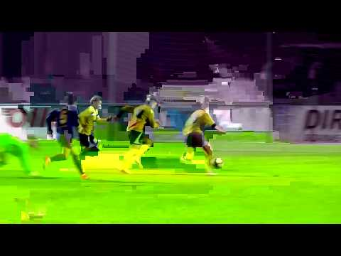 Incredible miss in woman soccer -Gintra vs. Barcelona-Woman's Champions League