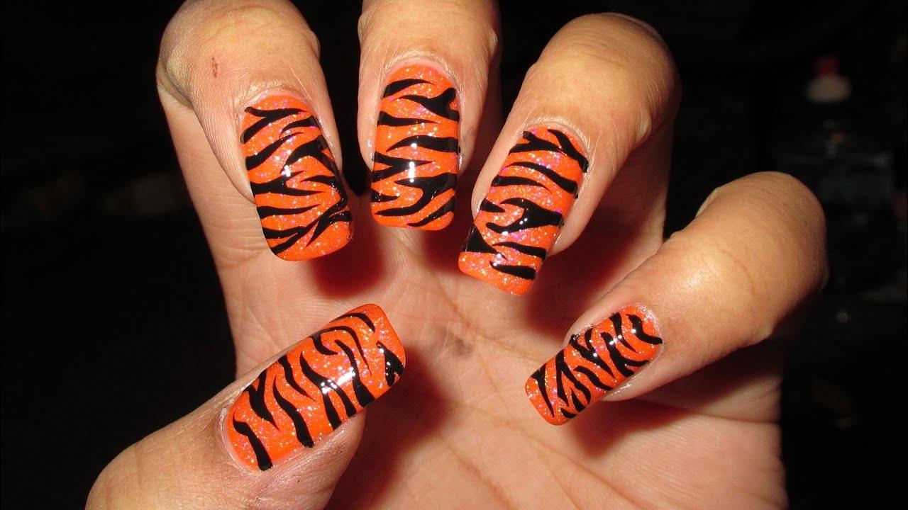 Freehand Tiger Stripes Nail Art Tutorial - YouTube