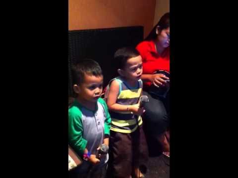 Al & abi karaoke ulang tahun