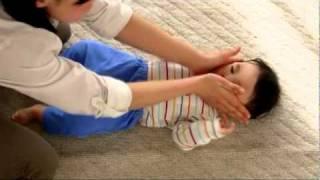 ベビモ2011年4月号 手遊び歌「頭、肩、ひざ ポン」【主婦の友社】 thumbnail