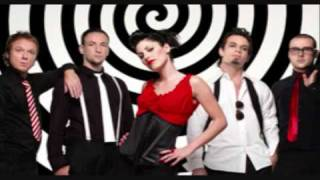 Superbus - Radio Song (W. Lyrics)