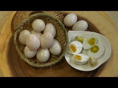 Uyen Thy's Cooking - Trứng Gà Muối