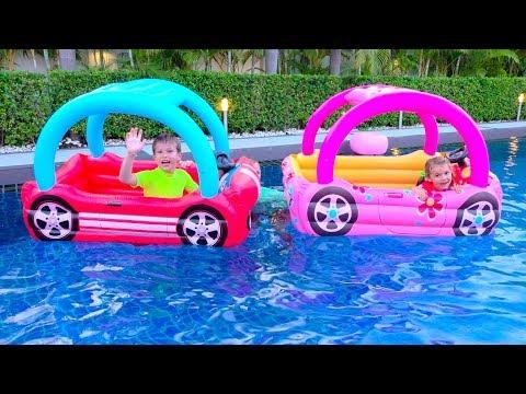 Дети не поделили домик для детей или kids build toy playhouse - Видео онлайн