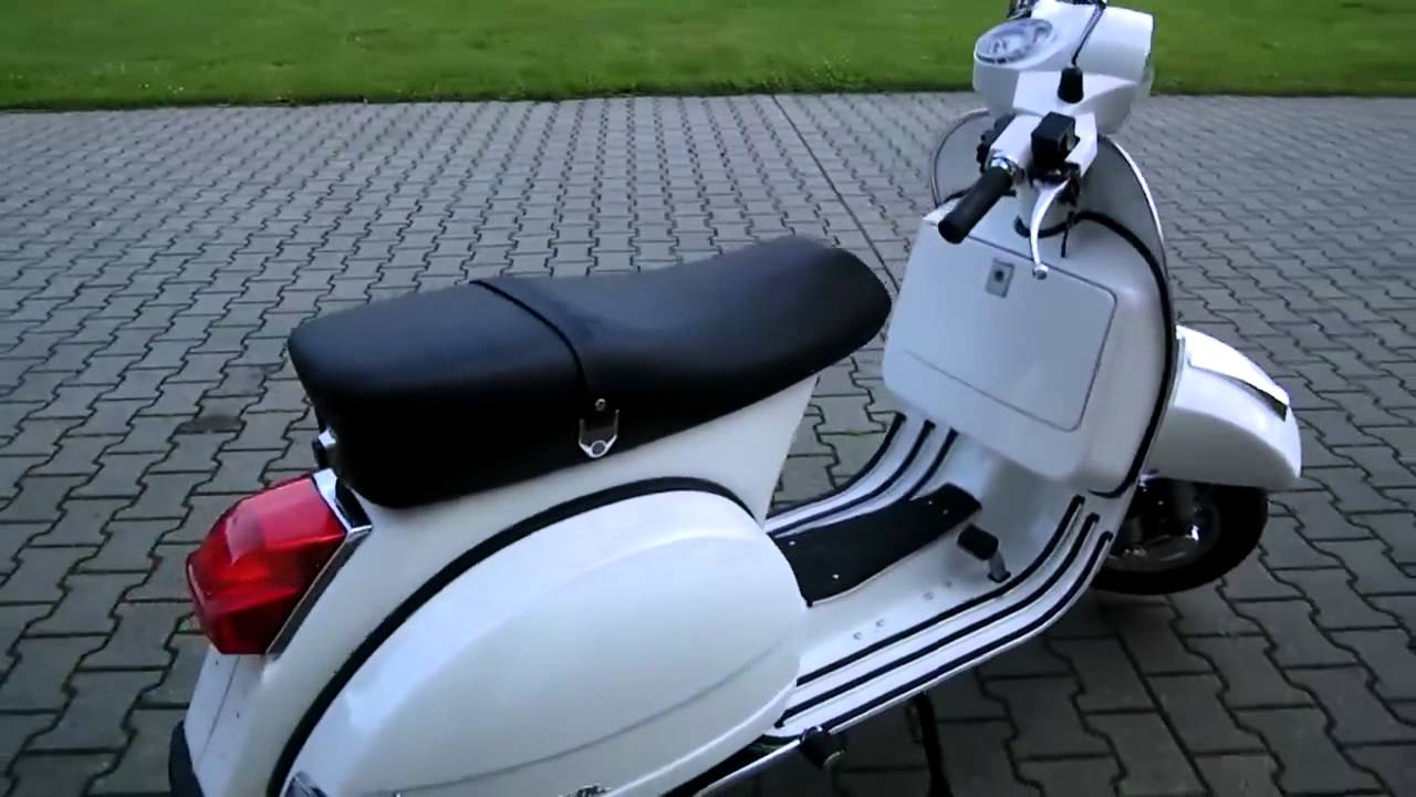 vespa px 150 11 roller scooter weiss 2011 youtube. Black Bedroom Furniture Sets. Home Design Ideas