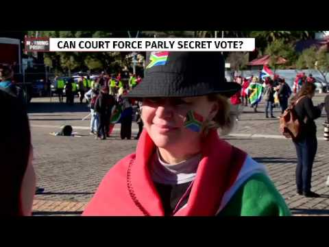 Opposition parties march to Constitutional Court