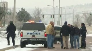 Colorado shooting witness saw officer