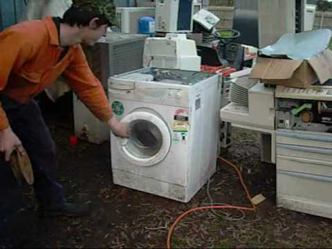 honey i broke the washing machine lg intellowasher flaw youtube rh youtube com
