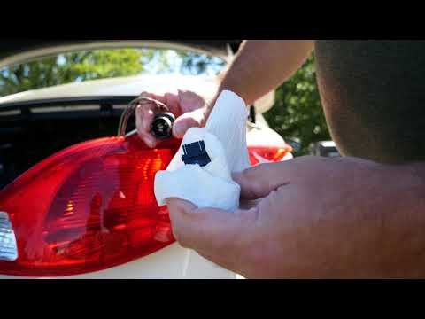 How to Replace Turn Signal in Pontiac G6 Convertible 2007 / How to Replace Tail Light in Pontiac G6