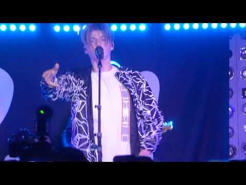 """Ruel """"Dazed And Confused"""" Live At Baby's All Right NYC"""