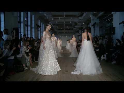 Berta S/S 2019 Collection Runway Show @ NYBFW New York Bridal Fashion Week. http://bit.ly/2JHxj9e