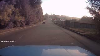 Собака на дороге, =( хорошо что обошлось. с 0:17