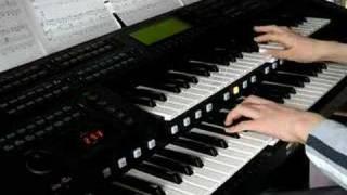ディズニーの中でも好きな曲です♪ 最後の鍵盤をたたくシーンは、一応 水...