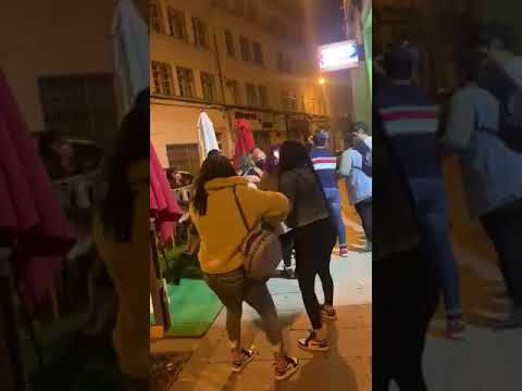 Desalojo de una fiesta ilegal en un bar de Lugo