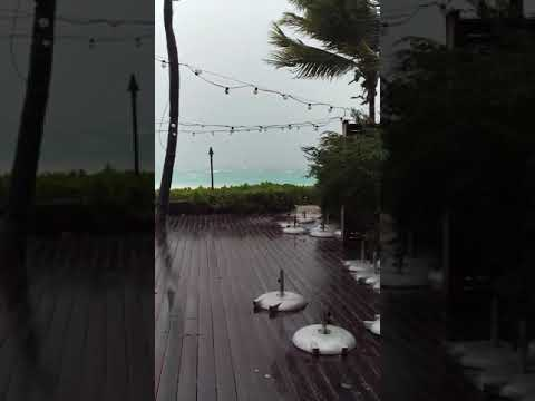 Hurricane Irma Live from Turks and Caicos 1500hrs