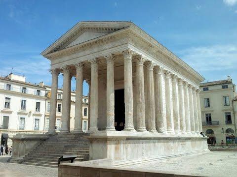 Maison Carrée, Nîmes, Languedoc-Roussillon, France, Europe