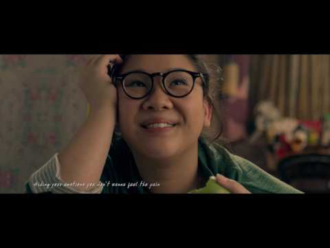 鄭欣宜featuring李拾壹 - 《Fake a Smile》(《29+1》電影版MV)