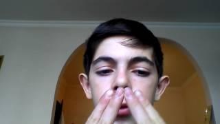 Как научиться  свистеть четыремя пальцами