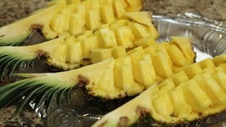 How To Cut A Pineapple Fruit Display Easily In 6 min. by Rockin Robin