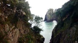 El Pindal falaises (Asturies, Espagne) F - GUIASTUR