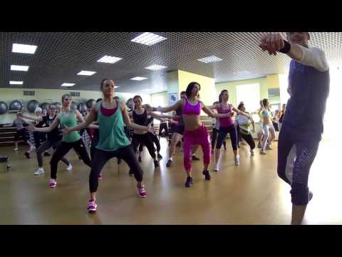 ZUMBA in Manhattan fitness club   hd720 mp4