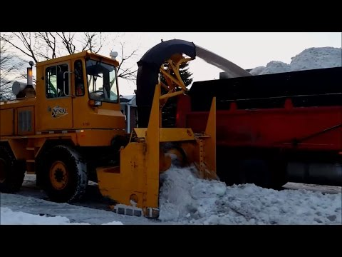 Snow removal Operation at Longueuil